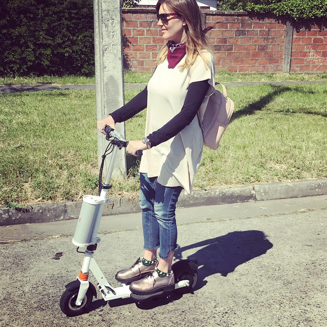 Airwheel Z3 mini scooter