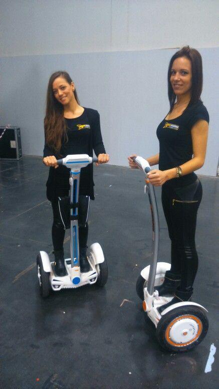 Airwheel ofrece una amplia variedad de monociclos auto-equilibrio de alta tecnología