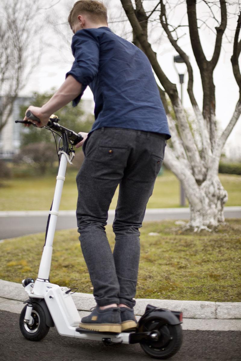 monociclo eléctrico dos ruedas